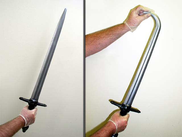 Как сделать безопасный меч из пены