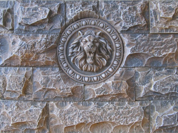 Панно «Лев» (под камень Неаполь) F2050